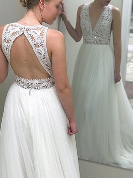 Ericdress Button V-Neck Backless Lace Wedding Dress 2019