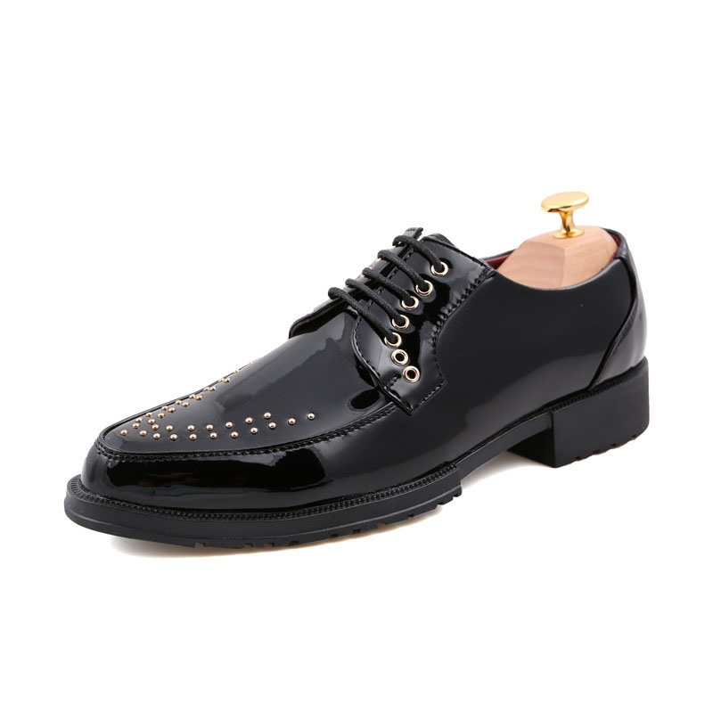 Ericdress Rivet Lace-Up Pointed Toe Men's Dress Shoes