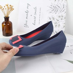 Ericdress PVC Slip-On Round Toe Wedge Heel Womens Jelly Shoes thumbnail