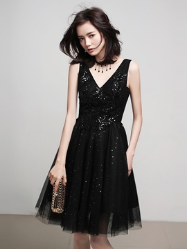 Ericdress Knee-Length Sleeveless V-Neck Beading Homecoming Dress