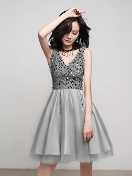 Ericdress Sleeveless Sequins A-Line V-Neck Homecoming Dress