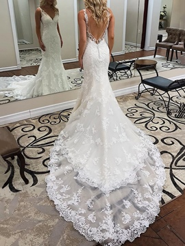 Ericdress Mermaid Button Backless Lace Wedding Dress