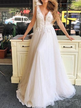 Ericdress V-Neck A-Line Lace Outdoor Wedding Dress