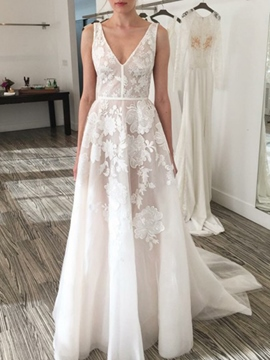 Ericdress V-Neck Lace Appliques Garden Wedding Dress 2019