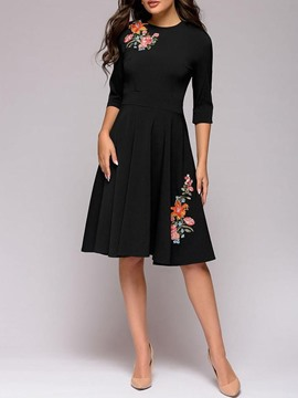 Ericdress Round Neck Embroidery Knee-Length Mid Waist Floral Dress