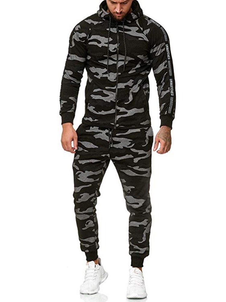 Ericdress Print Camouflage Men's Hoodie Outfit