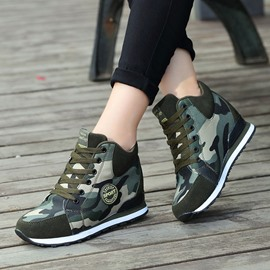 Ericdress Print Round Toe Lace-Up Canvas Sneakers
