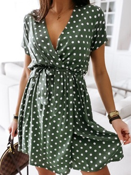 Ericdress Knee-Length Short Sleeve V-Neck Pullover Polka Dots Dress