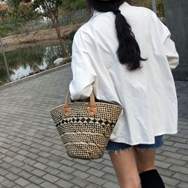 Ericdress Color Block Grass Shell Tote Bags