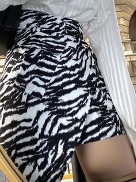 Ericdress Asymmetric Zebra-Stripe Mini Skirt Fashion High Waist Skirt